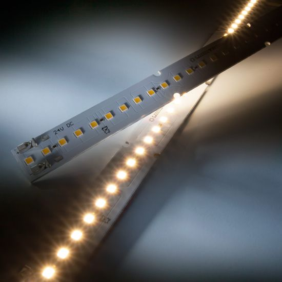 Maxline 35 Nichia Striscia LED bianco caldo 3000K 1040lm 24V 35 LED modulo 28cm (3715lm/m 30W/m)