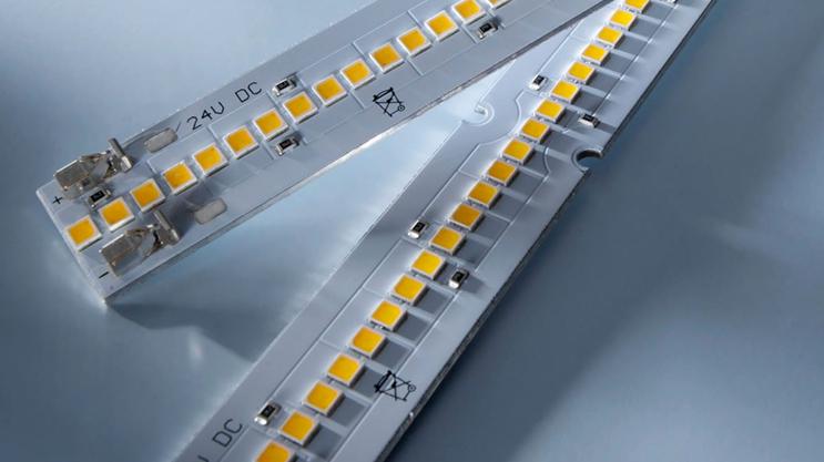 Strisce LED Nichia 757: Maxline con emissione luminosa fino a 8000 lm / m